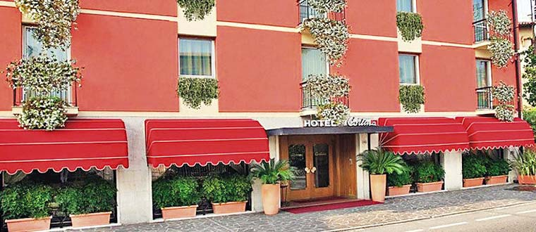 Hotel Cortina, Garda, Frukostpension